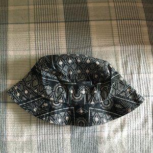 HUF Women Bucket Hat S/M